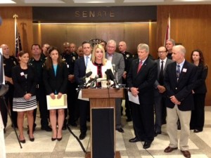 To my right:   Senators Nelson, Evers, Attorney General Pam Bondi,  Senator de la Portilla (sponsor of Aaron Cohen bill),  Patti Cohen, and Dr. Mickey Witte, et al.